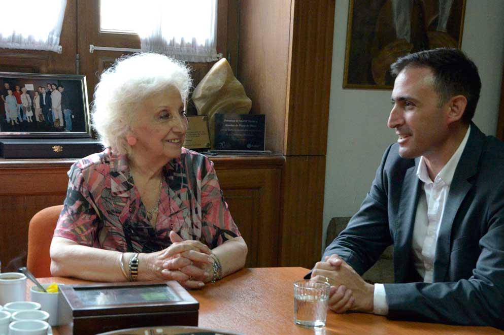 Un acuerdo para profundizar la búsqueda de los nietos