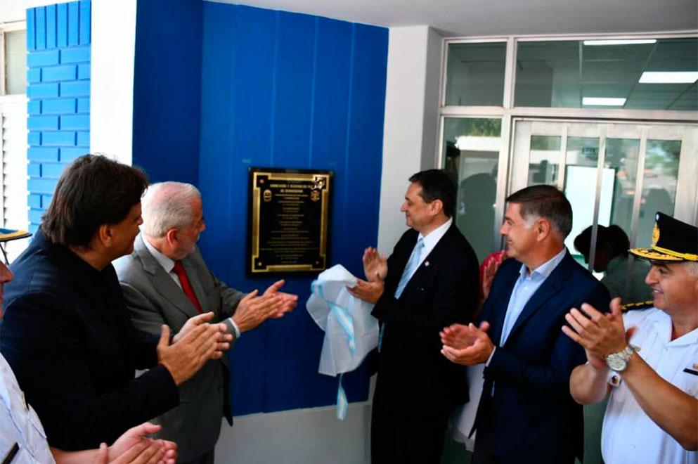 Mosquera inauguró la remodelada comisaría de Brinkmann