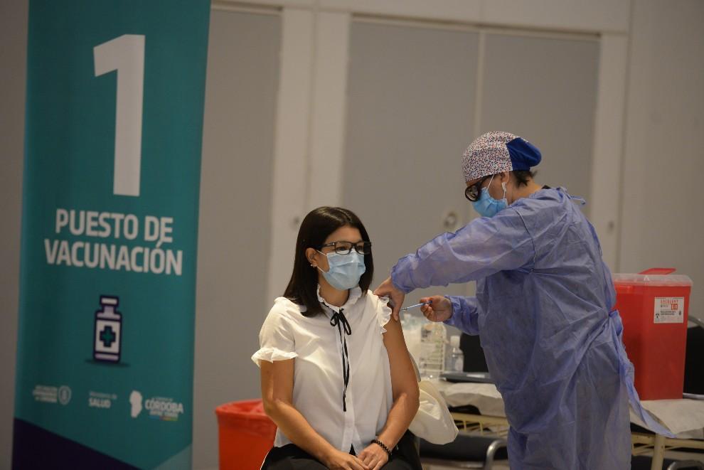El miércoles se vacunaron 10.841 personas contra el Covid-19